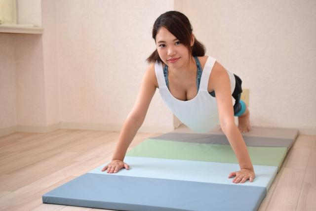 自宅で効率よく肉体改造ができる筋トレメニュー5選